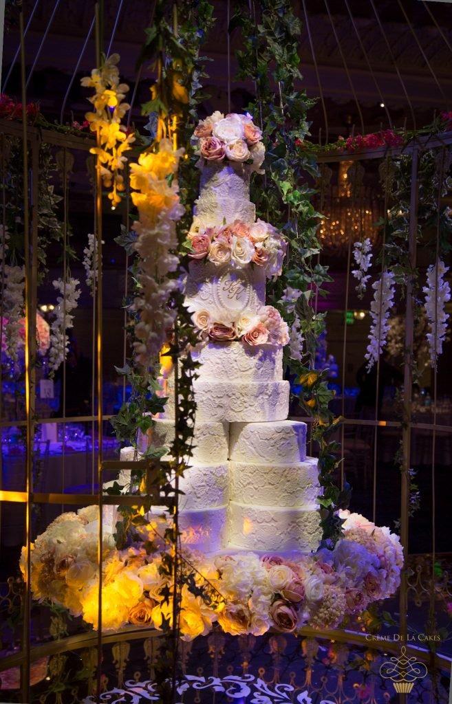 bespoke-wedding-cake-hanging-wedding-cake-enchanted-garden